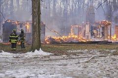 Kontrolowany ogień dla pożarniczego działu ćwiczenia obraz royalty free