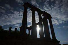 Kontur av den roman templet i evora, Portugal royaltyfria foton