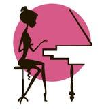 Kontur av flickan på pianot Arkivbilder