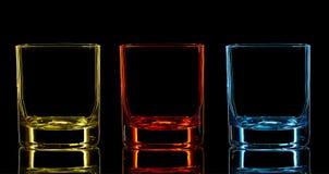 Kontur av klassiskt exponeringsglas på svart bakgrund arkivfoto