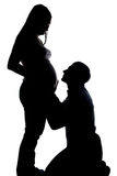 Kontur av maken som ser den gravida frun Royaltyfri Fotografi