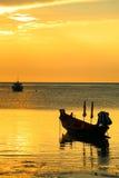 Kontur av segelbåten Fotografering för Bildbyråer