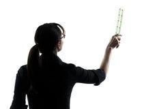 Kontur för presentation för lärare för affärskvinna arkivfoto