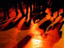 Konturer av folk i en konsert royaltyfri fotografi