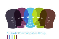 Konturer för mänskliga huvud Grupp människor som talar, arbetande togeth Arkivfoton