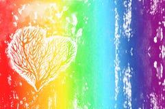 Konturn av en hjärta med träden inom, regnbågevattenfärgbakgrund Ð-¡ olour av regnbågen Royaltyfri Foto