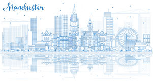 Konturu Machester linia horyzontu z Błękitnymi odbiciami i budynkami Zdjęcia Royalty Free
