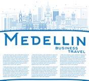 Konturu Medellin linia horyzontu z Błękitną kopii przestrzenią i budynkami Zdjęcie Royalty Free