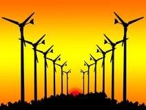 Konturvindturbiner på solnedgång. Royaltyfri Foto