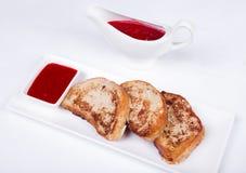 Kontynentalny śniadanie - grzanka, dżem Zdjęcie Royalty Free