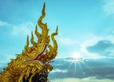 Konung av Naga och solstrålen Arkivfoton