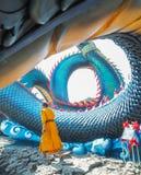 Konung av Nagas, Wat Roi Phra Phutthabat Phu Manorom, Thailand fotografering för bildbyråer
