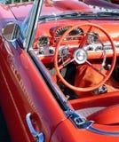 konvertibel röd tappning för bil Arkivbild