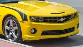 Konvertibla gula tekniskt avancerade Chevrolet Camaro SS Royaltyfri Foto