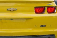 Konvertibla gula tekniskt avancerade Chevrolet Camaro SS Royaltyfri Fotografi