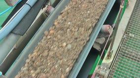 Konwejeru pasek przenosi żwir i piasek zbiory