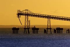 konwejeru piaska górniczy nabrzeże Zdjęcie Royalty Free