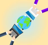 Konzept-Datenverbund zwischen Geschäftsmann Lizenzfreie Stockfotos