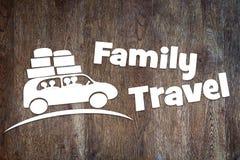 Konzept der Familienreise durch ein Auto Stockbilder