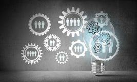 Konzept der Glühlampe als Symbol der neuen Idee Lizenzfreies Stockfoto