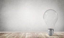Konzept der Glühlampe als Symbol der neuen Idee Stockbild