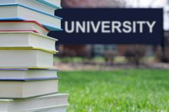 Konzept der Hochschulausbildung stockbilder