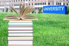 Konzept der Hochschulausbildung stockfoto