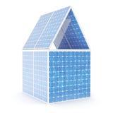 Konzept der Illustration 3D eines Hauses gemacht von den Sonnenkollektoren Alternative Stromquelle des Konzeptes Eco-Energie, sau Stockfoto