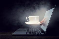 Konzept der Internet-Sicherheit Gemischte Medien Lizenzfreie Stockfotos