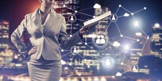 Konzept der modernen Geschäftsvernetzung, das anschließen und zusammenarbeiten Stockbilder