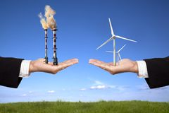 Konzept der Verunreinigung und der sauberen Energie Stockbilder