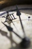 Konzept der Zeit mit dem Detail einer Uhr Stockfotos