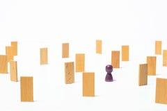 Konzept des Denkens, die Suche nach Lösungen, die Psychospiele Stockbild