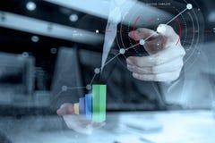Konzept des digitalen Diagramms des Zielfokus, Diagramm schließt an, virtuell Lizenzfreie Stockfotografie