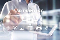 Konzept des Drucken 3D auf virtuellem Schirm Moderne Technologie und Innovationen stockfoto