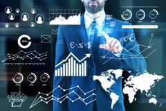 Konzept des globalen Geschäfts und der Analytik Stockbilder
