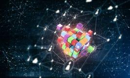Konzept des Internets und Vernetzung mit digitalem Würfel stellen auf d dar Lizenzfreies Stockbild