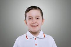 Konzept des lächelnden kleinen Jungen Lizenzfreie Stockfotos