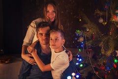 Konzept des neuen Jahres, des Weihnachten und der Familie stockfoto