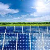 Konzept des Sonnenkollektors Lizenzfreie Stockbilder