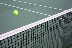 Konzept des Tennisspiels stockbilder