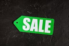 Konzept des Verkaufs auf Draufsicht des dunklen Hintergrundes Stockfoto