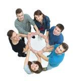 Konzept des Vertrauens und der Partnerschaft - das Team der Universität studen Lizenzfreie Stockfotos