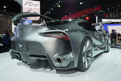 Konzept-Fahrzeug Toyotas FT-1 auf Anzeige Lizenzfreies Stockbild