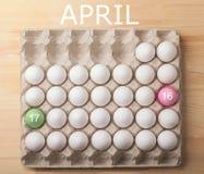 Konzept Ostern im April 2017 mit Eiern Lizenzfreies Stockbild