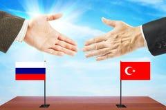 Konzept von freundlichen Gesprächen zwischen der Türkei und Russland Stockbilder