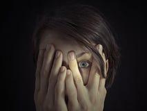 Konzept von Furcht, Geheimnis lizenzfreie stockfotografie