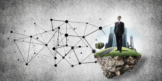 Konzept von modernen drahtlosen Technologien als effektivem Werkzeug für BU Stockbilder