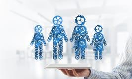 Konzept von Zusammenarbeit oder möglicherweise Familie mit zwei Zahlen, die Paare und Beziehungen darstellen Stockbild