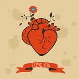Konzeptliebeskarte mit dem Herzblühen stockbilder